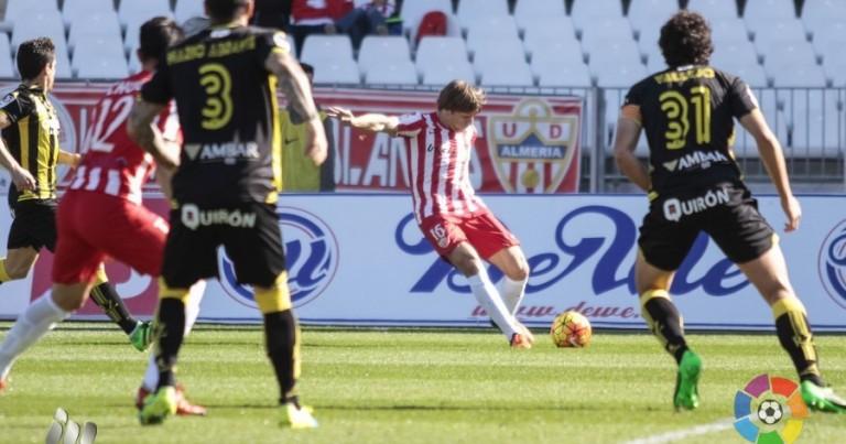 Almería 2 – 1 Real Zaragoza | Crónica